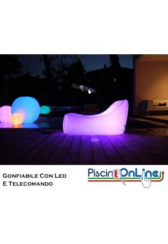 Poltrone Gonfiabili Da Giardino.Poltrona Luminosa Sagomata Gonfiabile E Galleggiante In Materiale Impermeabile